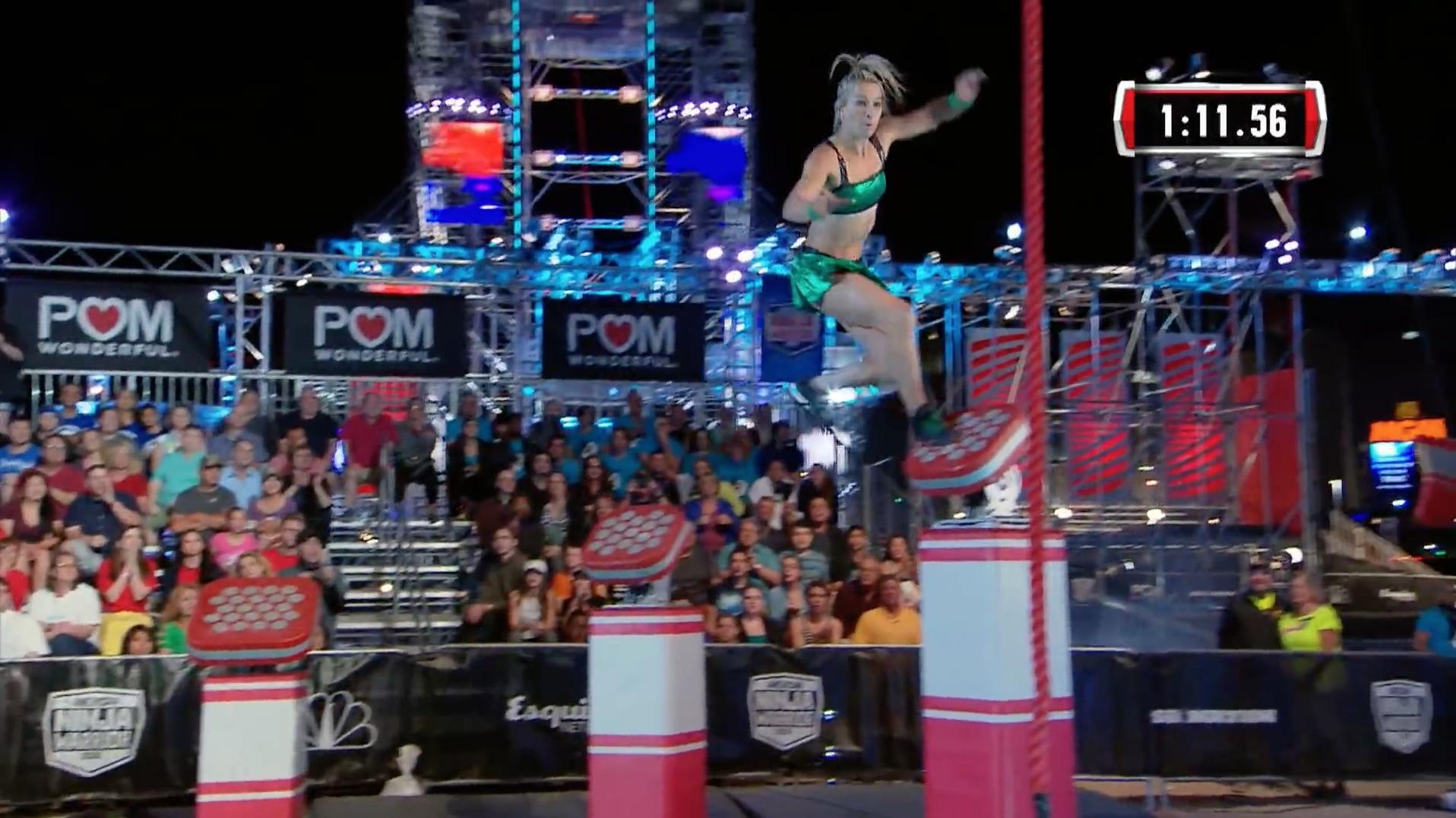 Jessie Graff Supergirl Stuntwoman Makes American Ninja Warrior History Shiny Green3