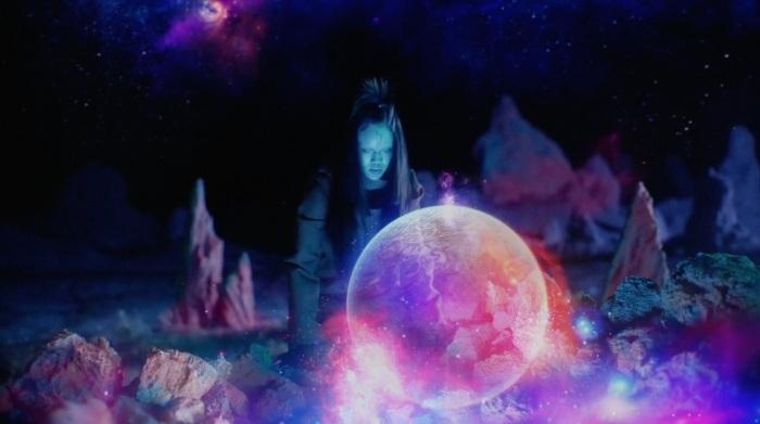 Rihanna Sledgehammer Star Trek Beyond 7