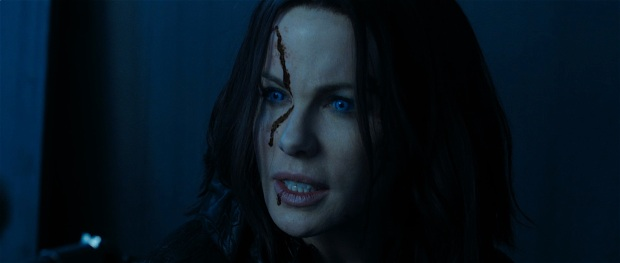 underworld-blood-wars-trailer-kate-beckinsale-still-10