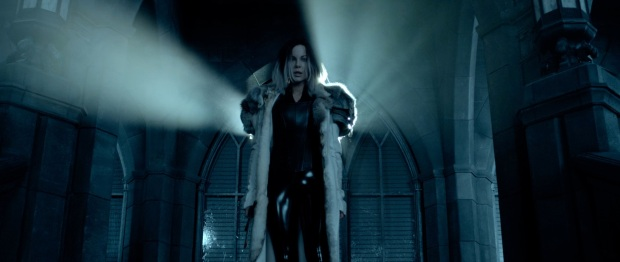 underworld-blood-wars-trailer-kate-beckinsale-still-15
