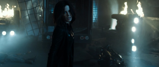 underworld-blood-wars-trailer-kate-beckinsale-still-8
